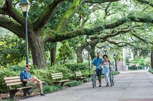 retire in Savannah, GA